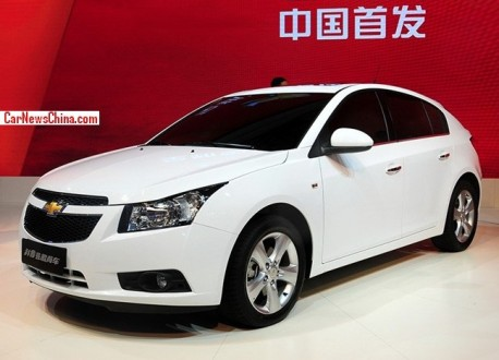 chevrolet-cruze-hatchback-china-2