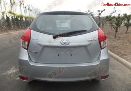 toyota-yaris-china-1-2