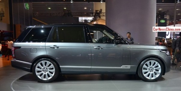 Range Rover Vogue SE L debuts on the Guangzhou Auto Show