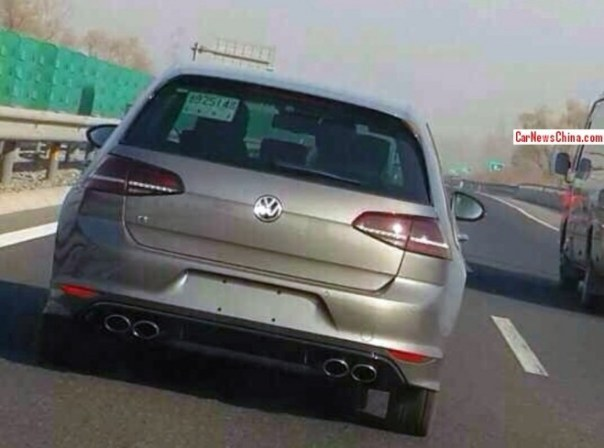 Spy Shots: Volkswagen Golf R testing in China