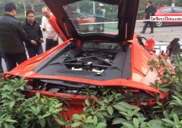 crash-lamborghini-china-4a
