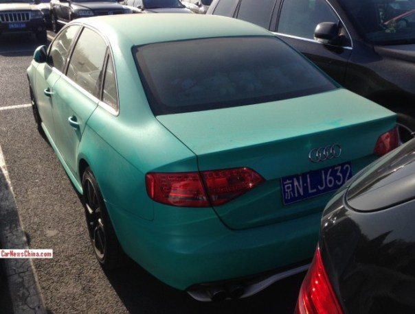 audi-a4-blue-green-china-3