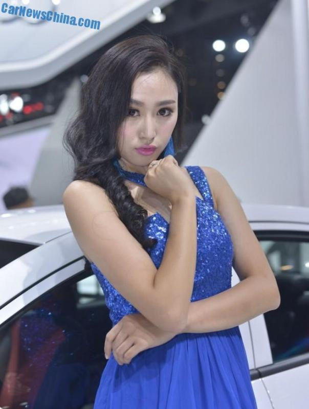 china-car-girls-chengdu-6-geely