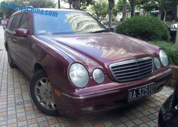 Spotted in China: W210 Mercedes-Benz E320 wagon