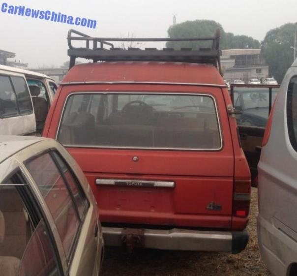 toyota-landcruiser-china-5
