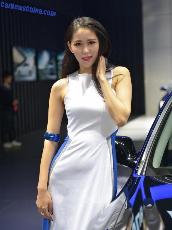 china-car-girls-gz-2-beijing-hyundai-1