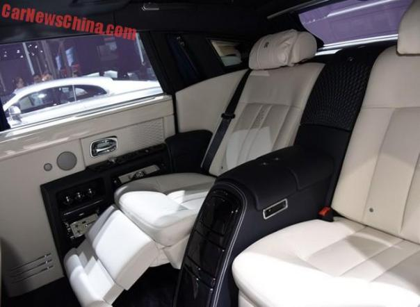 rolls-royce-phantom-limelight-china-9