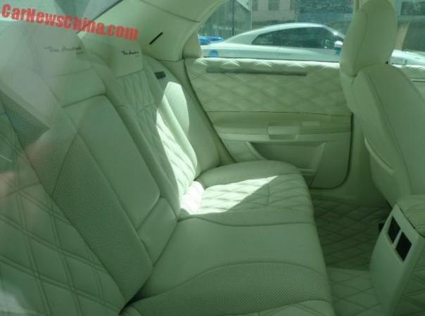 chrysler-300c-china-glitter-2c