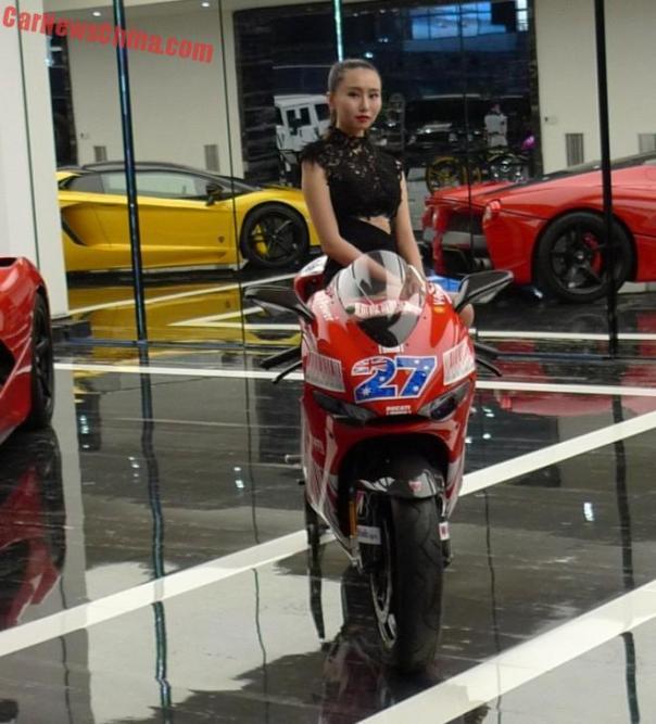 fb-show-supercar-4