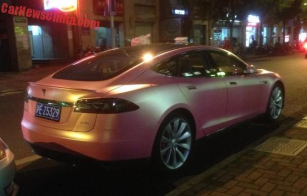 tesla-pink-china-2