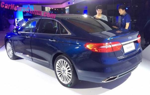 ford-tarus-china-blue-4