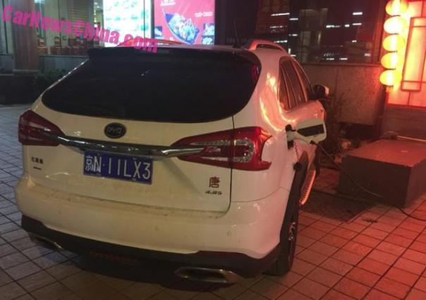 Spotted in China: BYD Tang on Power