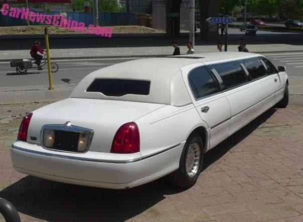 lincoln-limo-china-6