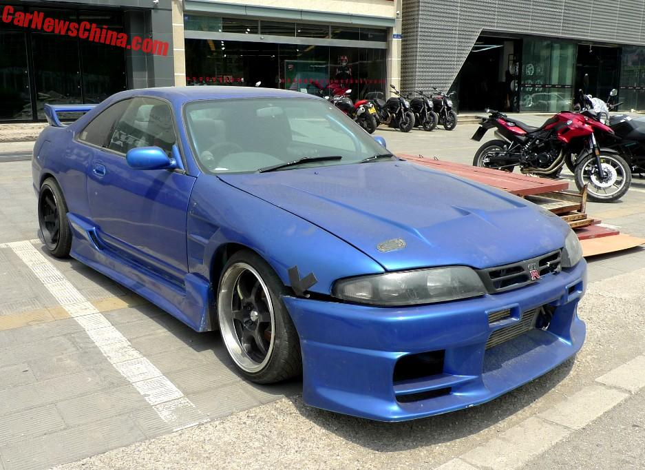 Nissan Skyline Gt R Is A Blue Drift Car In China Carnewschina