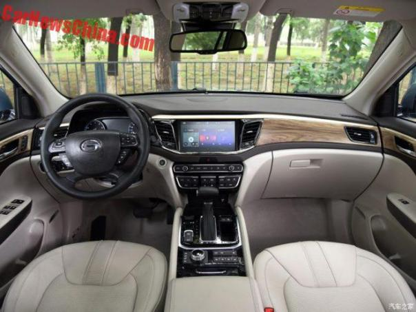 trumpchi-gs8-china-3