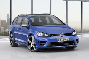 VW Golf R SportWagon 01