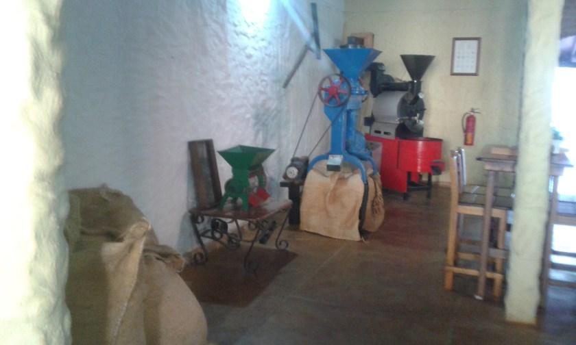 Caroai Cafe y su área temática. Donde tomar café de origen