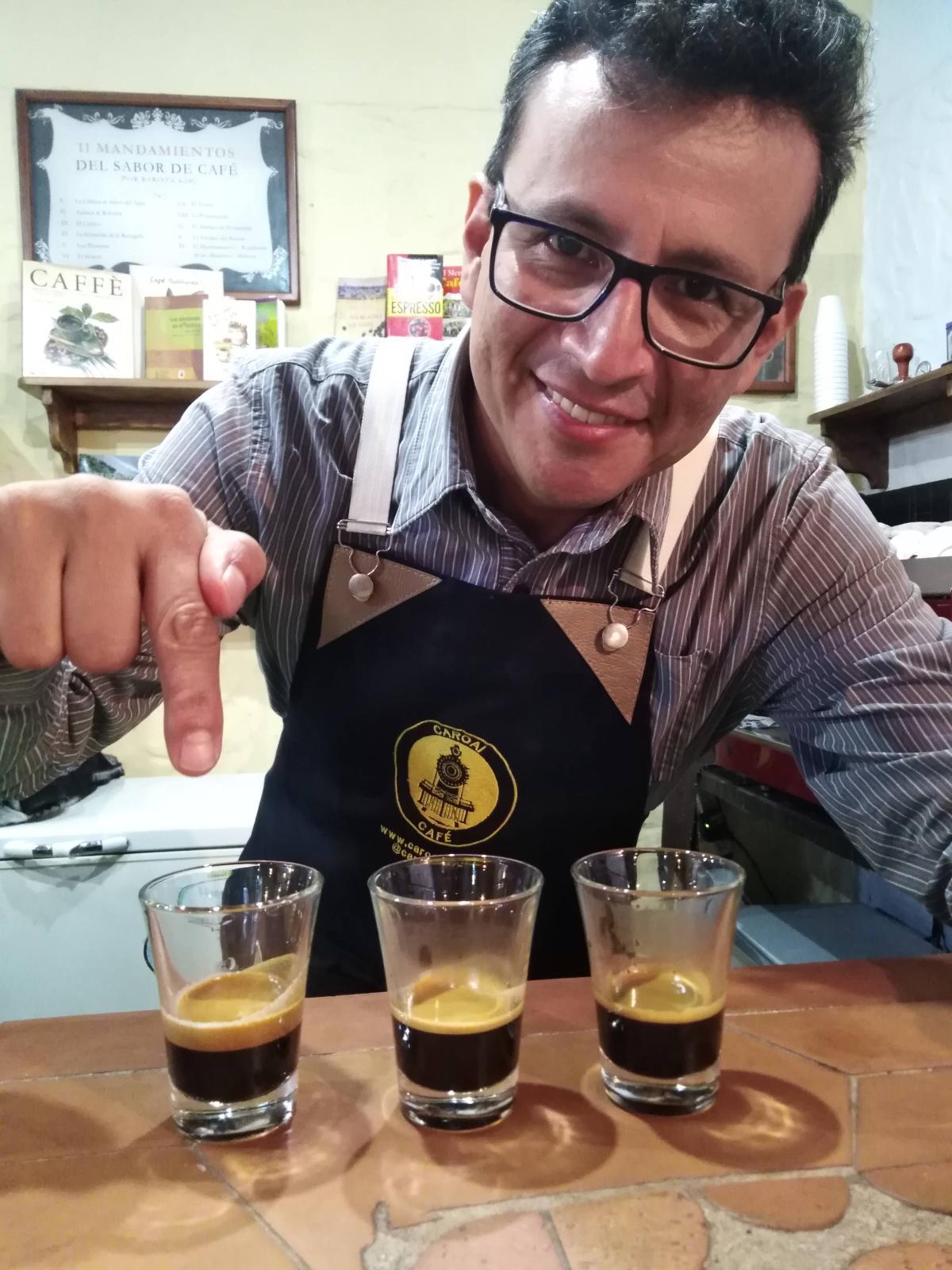 Caroai Cafe es cafe de origen, maneja su propio cultivo