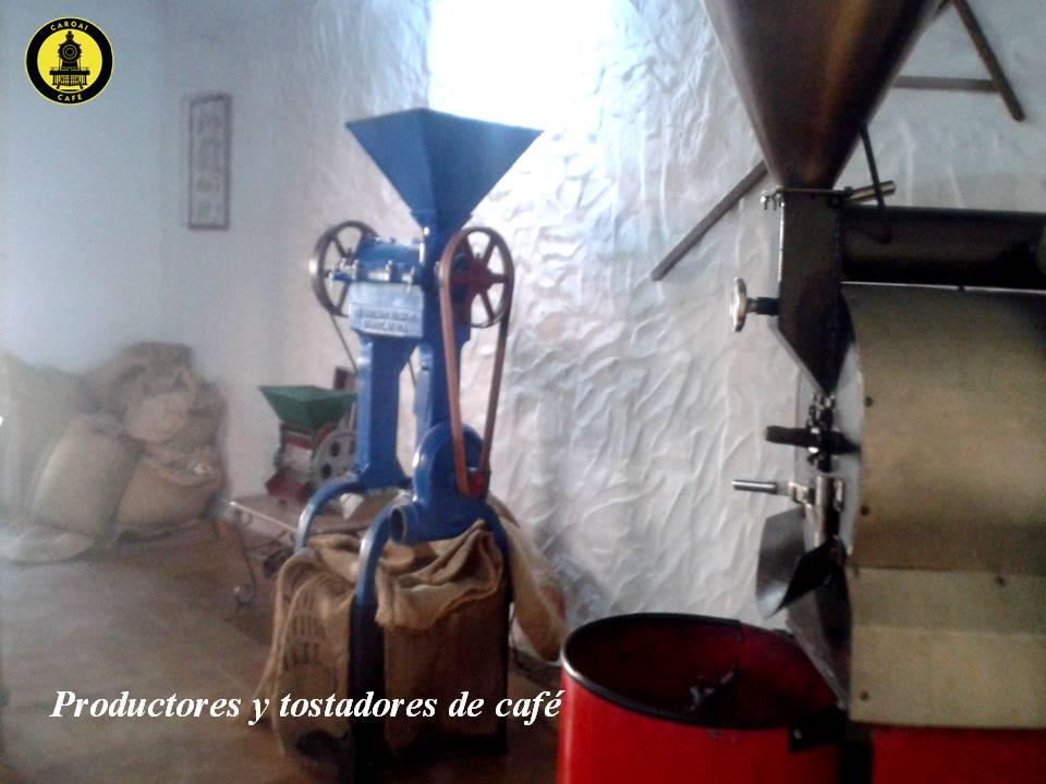 Cafe de origen, vista de la trilladora y tostador de cafe