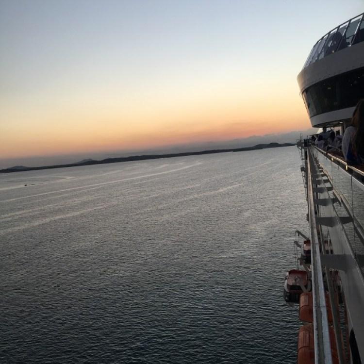 E na volta ao navio um pôr do sol de tirar o fôlego