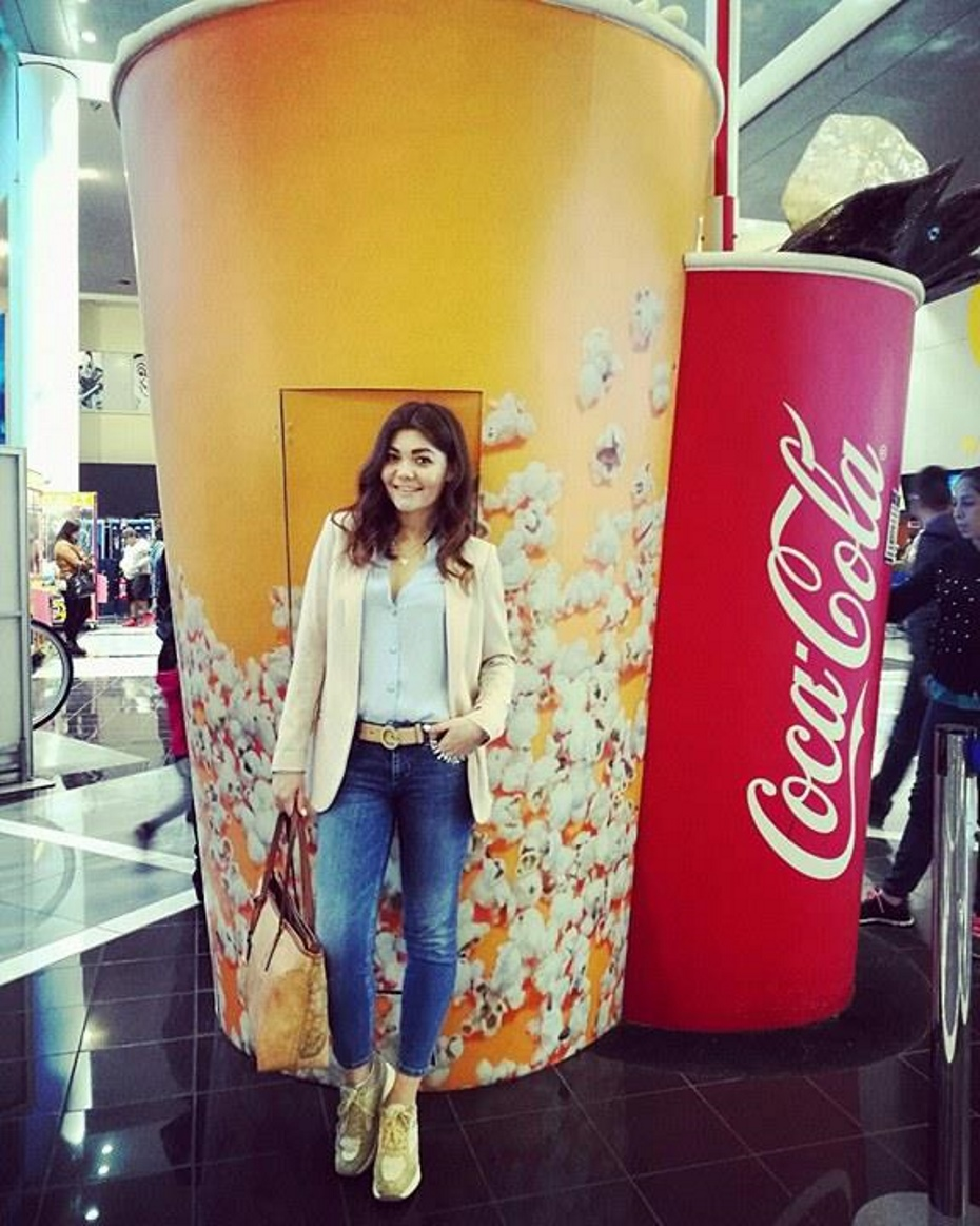 Fashion blogger outfit cinema
