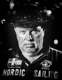 Hendrik Jan: 'Ik had altijd een pet op, maar die ben ik een half jaar geleden kwijtgeraakt. Nu draag ik deze hoed en dat bevalt me heel goed.'