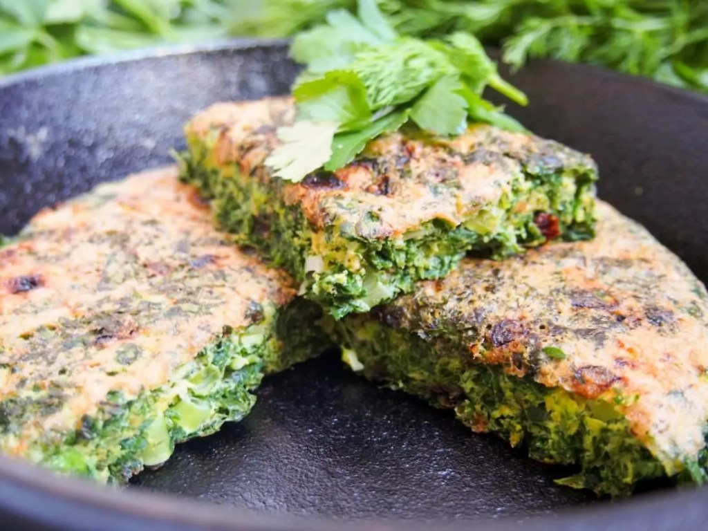 Kuku sabzi – Persian herb frittata #SundaySupper