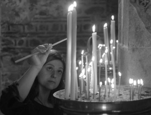 Candle-lighting-in-the-Visoki-Dečani-monastery-Kosovo-metohija-koreni-duse027-300x229 Author's Blog Highlighting Historical