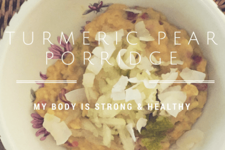 Turmeric Pear Porridge