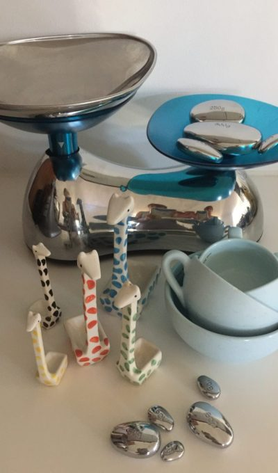 scales, cups and spoons