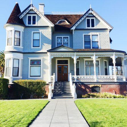 Sorority House in Santa Clara