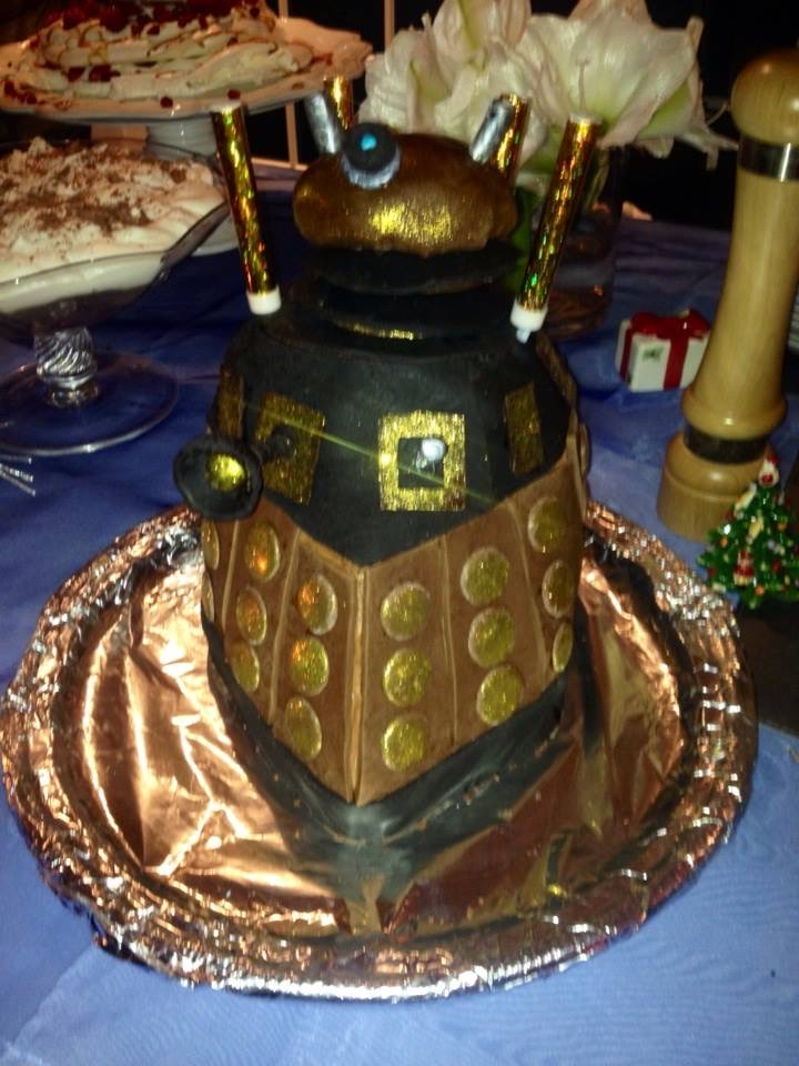 dalek cake made with the help of my super talented mate Sue (elastagirl or Are Incredible as Alan calls her) Hayes!