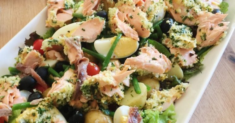 Salad Niçoise with Roasted Salmon