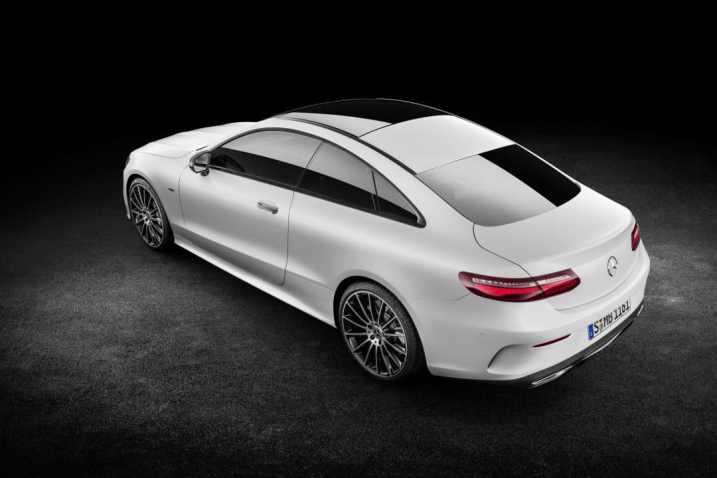 Vue arrière Nouvelle Classe E Coupé Mercedes