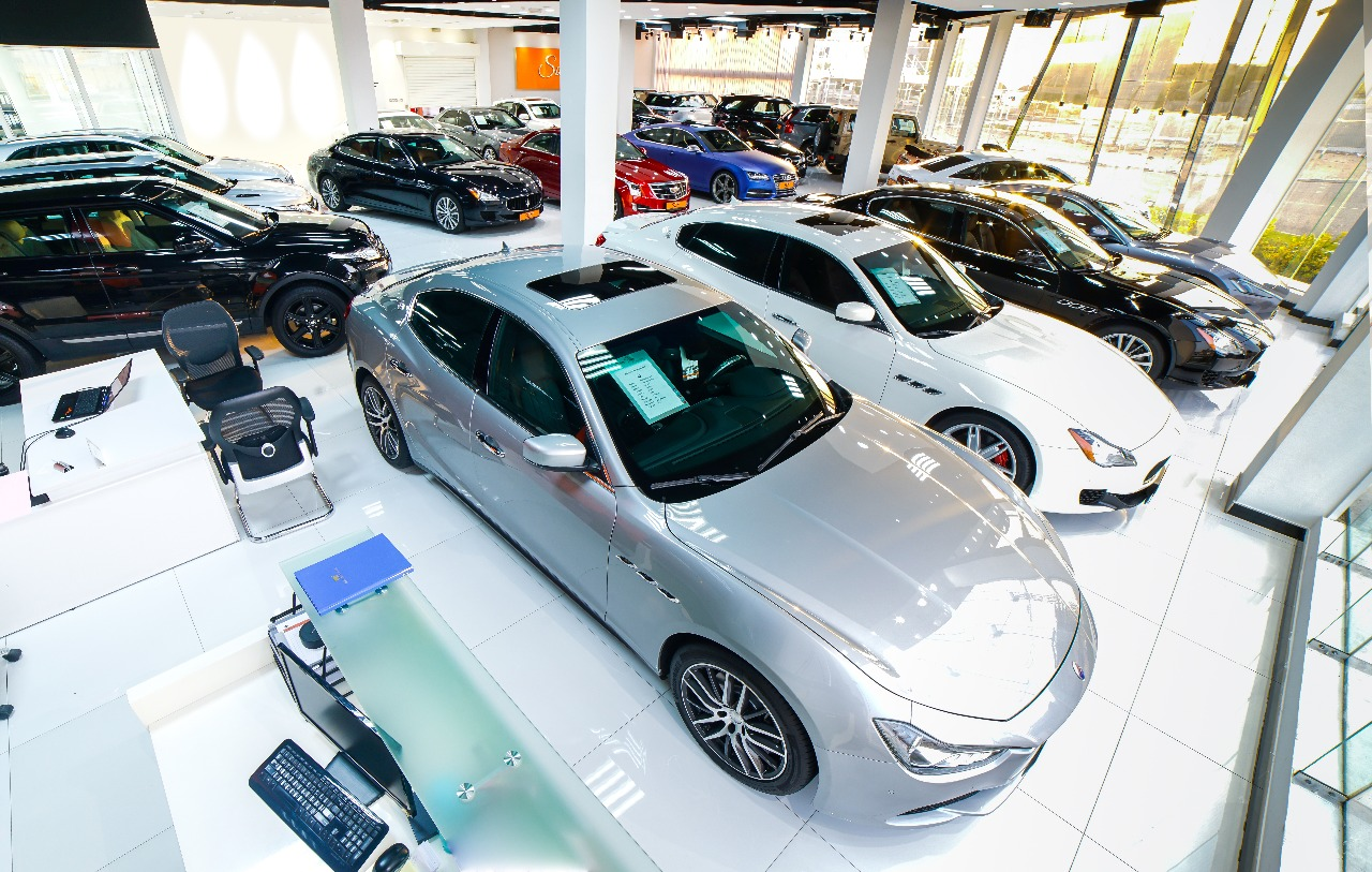 Amazing Prices Of Luxury Cars In Dubai Carooza Used New Cars For