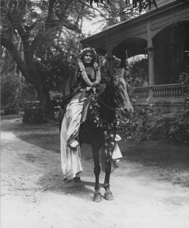 Adele Kauilani Robinson Lemke as a Pa'u Rider in her long skirt, 1913