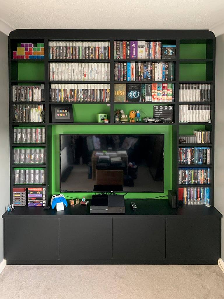 Gaming wall storage units