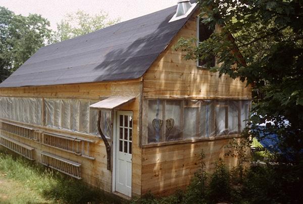 enclosed restoration shop