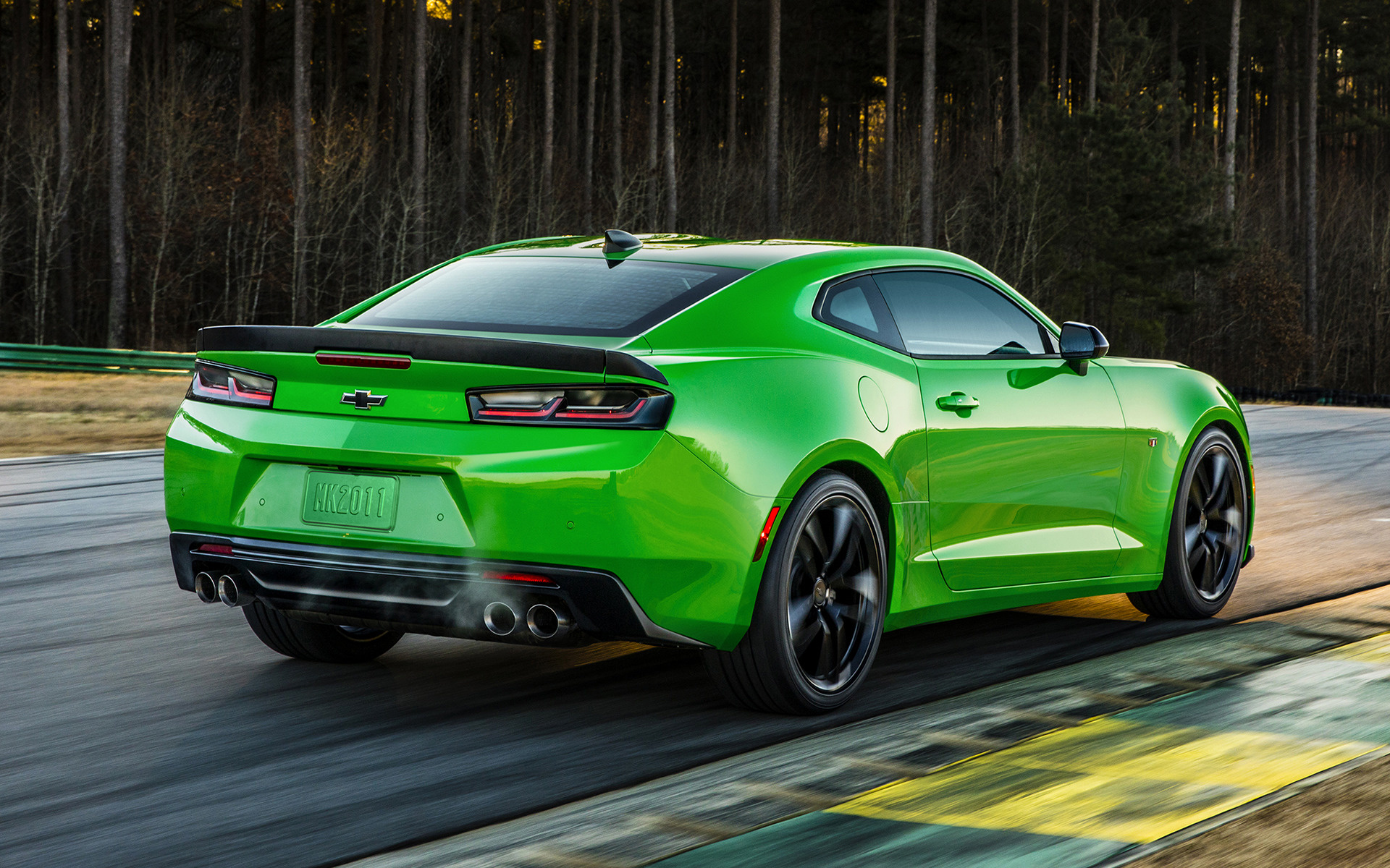 Chevrolet Camaro 1LE 2017 Wallpapers And HD Images Car