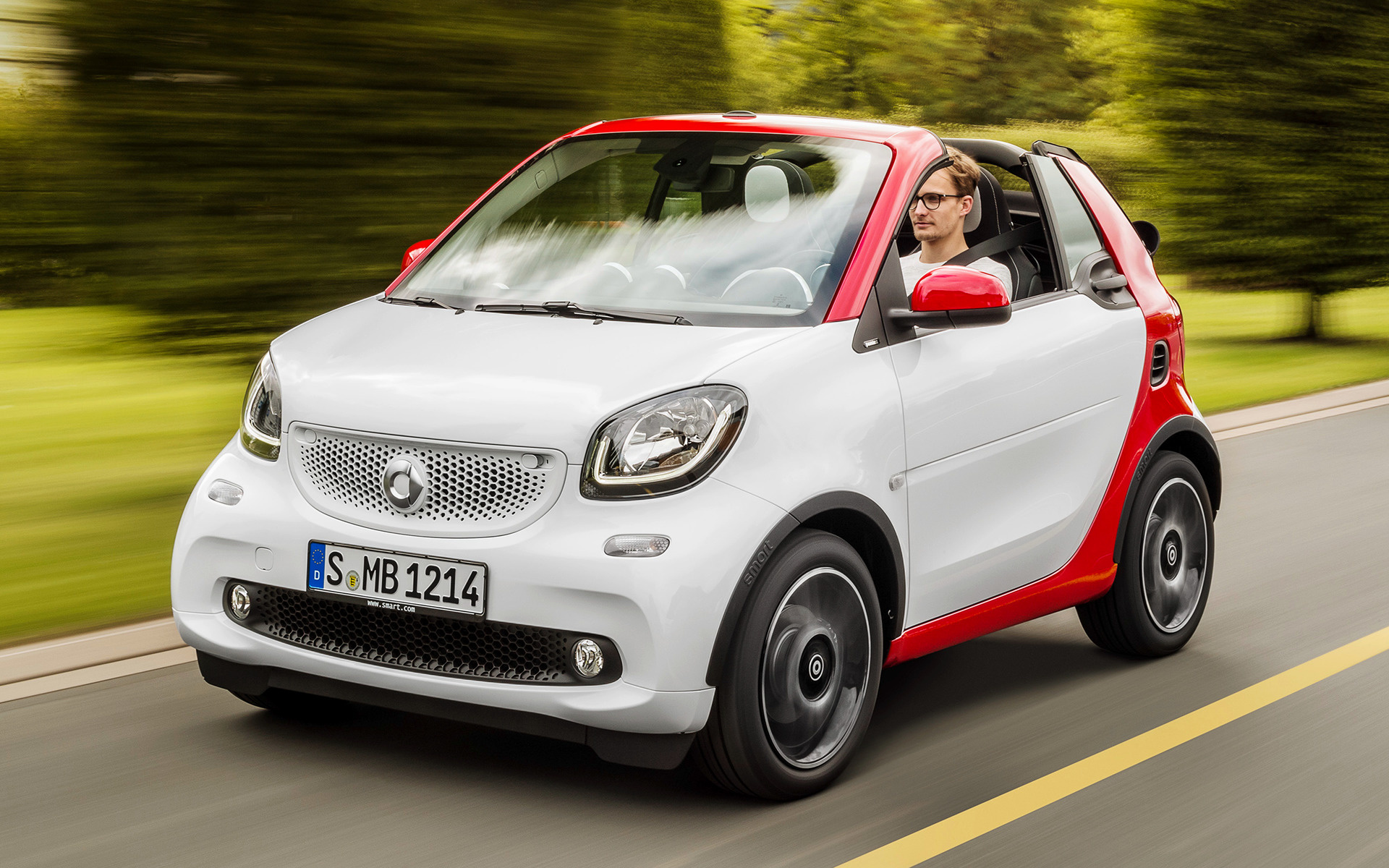 2016 Smart Fortwo Cabrio Passion Wallpapers And Hd