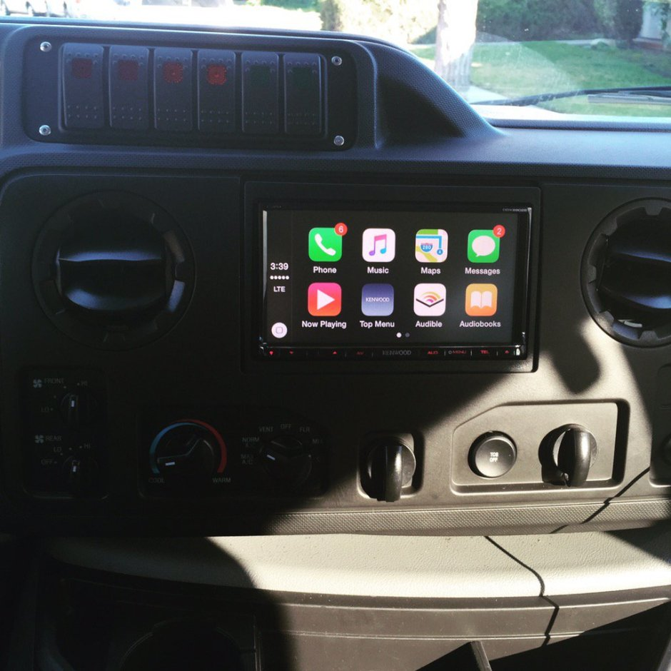 2014 Ford E350 CarPlay Install