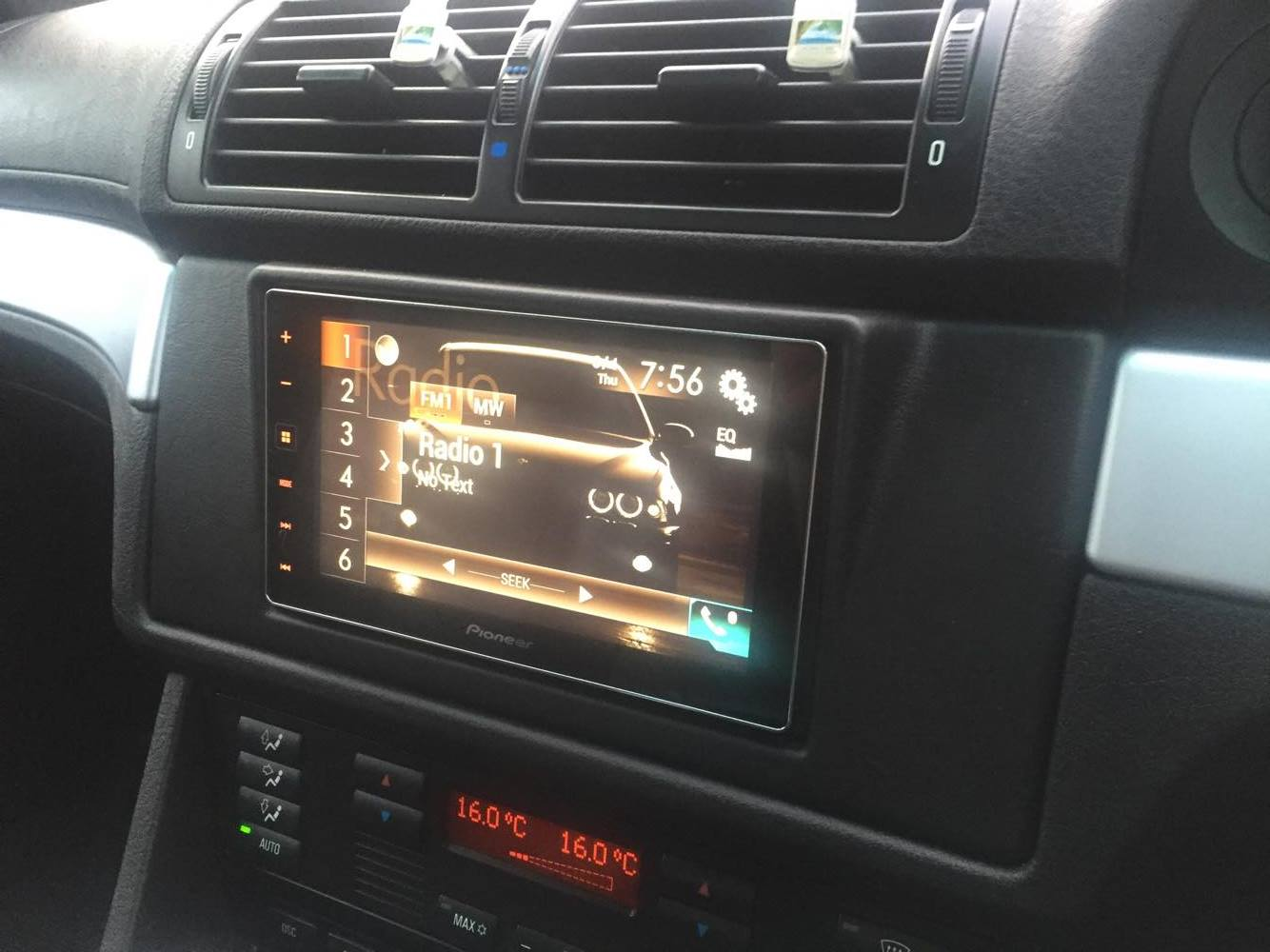 carplay installs pioneer sph da120 in a bmw 5 series e39. Black Bedroom Furniture Sets. Home Design Ideas