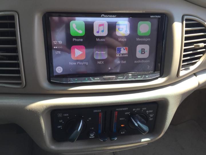 Buick Century CarPlay