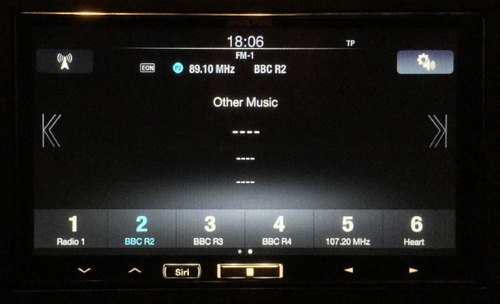 ILX-700-Radio