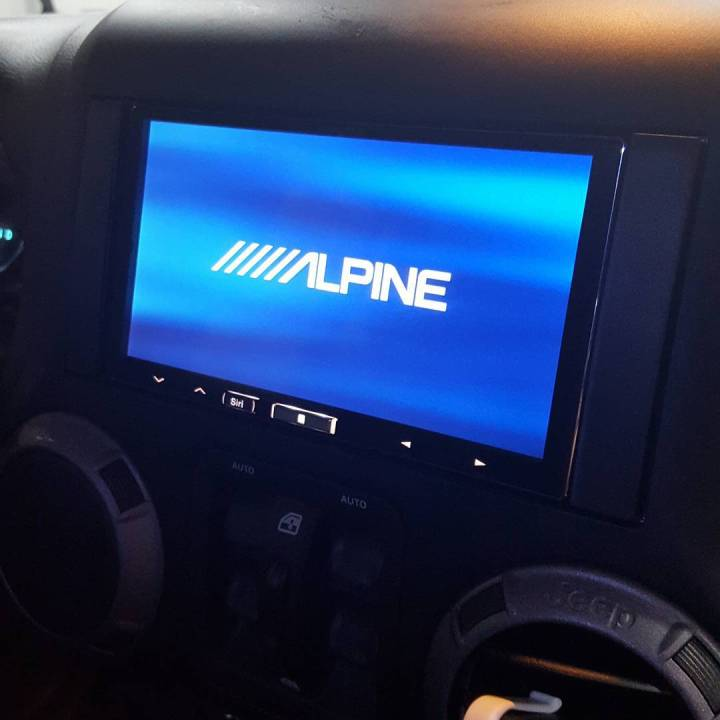 Jeep CarPlay Install