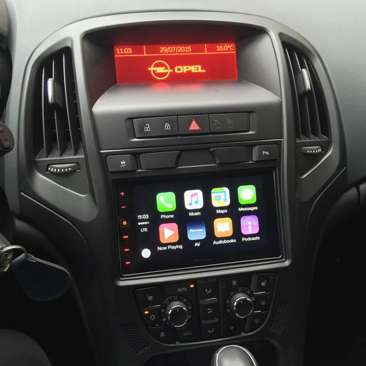 carplay installs pioneer sph da120 in a opel astra. Black Bedroom Furniture Sets. Home Design Ideas