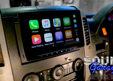 CarPlay Installs: Alpine Halo9 in a 2010 Mercedes Sprinter