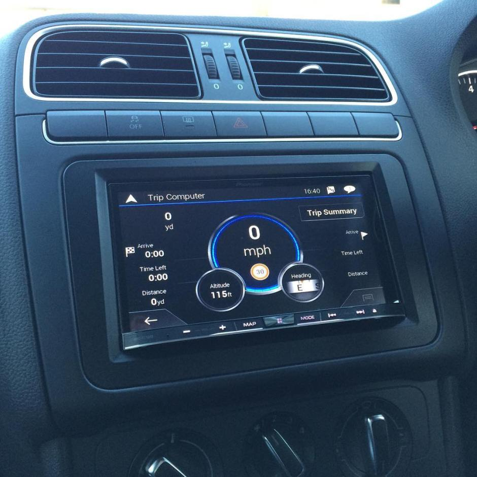 VW Polo carplay install
