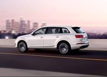 Audi Q7 Apple CarPlay Uses Track Pad (Demo)