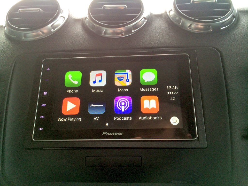 carplay installs pioneer sph da120 in a mk2 audi tt. Black Bedroom Furniture Sets. Home Design Ideas